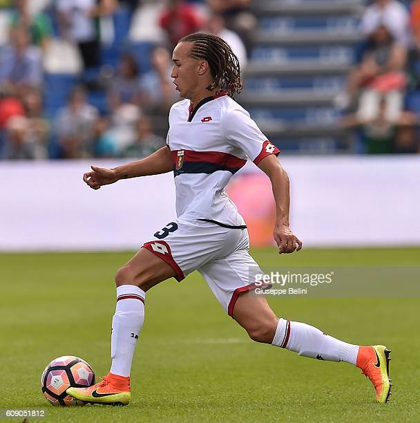 Diego Laxalt of Genoa CFC in action during the Serie A match between US Sassuolo and Genoa CFC at Mapei Stadium Citta' del Tricolore on September 18...