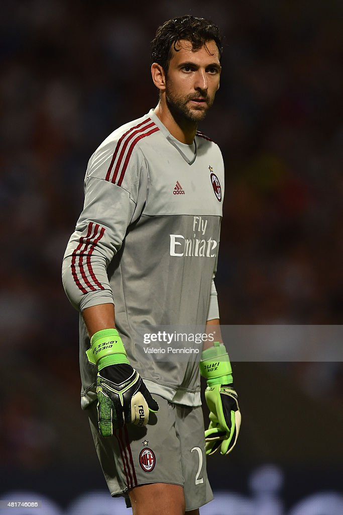 Diego Lopez of AC Milan looks on during the preseason friendly match between Olympique Lyonnais and AC MIlan at Gerland Stadium on July 18, 2015 in Lyon, France.