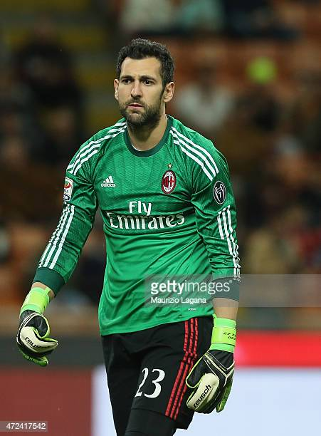 Diego Lopez of Milan during the Serie A match between AC Milan and Genoa CFC at Stadio Giuseppe Meazza on April 29 2015 in Milan Italy