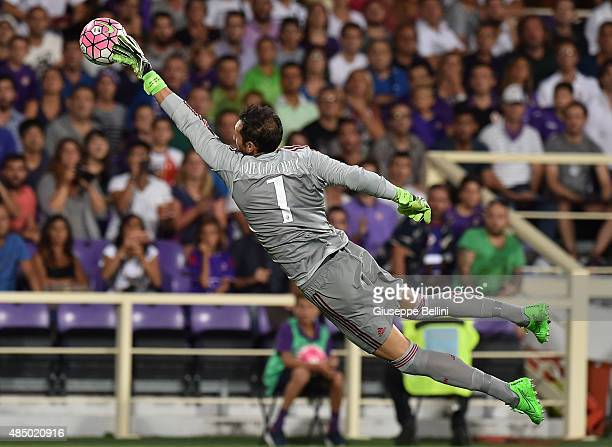 Diego Lopez of Milan in action during the Serie A match between ACF Fiorentina and AC Milan at Stadio Artemio Franchi on August 23 2015 in Florence...