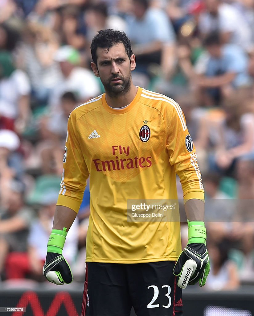 Diego Lopez of Milan in action during the Serie A match between US Sassuolo Calcio and AC Milan on May 17, 2015 in Reggio nell'Emilia, Italy.