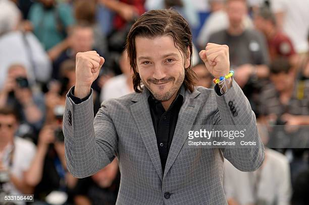 Diego Luna attends the 'Blood Father' Photocall at the annual 69th Cannes Film Festival at Palais des Festivals on May 21 2016 in Cannes France