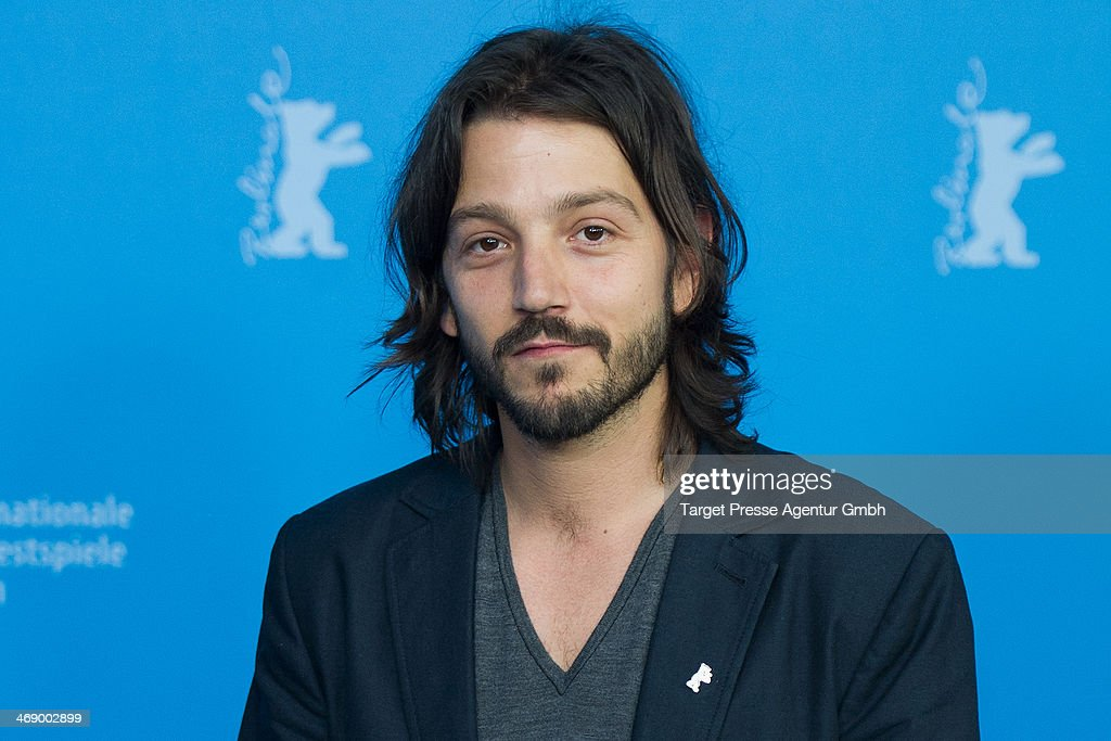 <a gi-track='captionPersonalityLinkClicked' href=/galleries/search?phrase=Diego+Luna&family=editorial&specificpeople=213511 ng-click='$event.stopPropagation()'>Diego Luna</a> attends the 'Cesar Chavez' photocall during 64th Berlinale International Film Festival at Grand Hyatt Hotel on February 12, 2014 in Berlin, Germany.