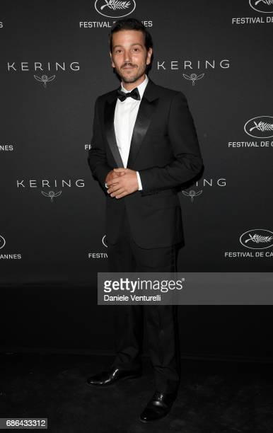 Diego Luna attends the Women in Motion Awards Dinner at the 70th Cannes Film Festival at Place de la Castre on May 21 2017 in Cannes France