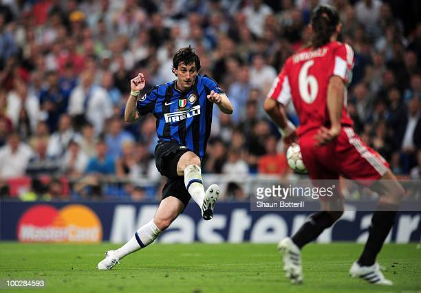 Diego Milito of Inter Milan scores the second goal during the UEFA Champions League Final match between FC Bayern Muenchen and Inter Milan at the...