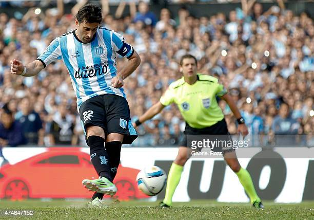 Diego Milito of Racing Club shoots from the penalty spot during a match between Racing Club and Independiente as part of 13th round of Torneo Primera...
