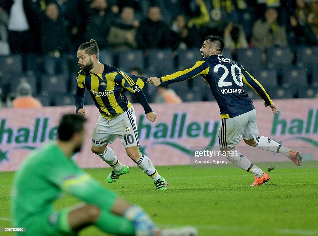 Diego (C) of Fenerbahce celebrates after scoring a goal during Turkish Spor Toto Super Lig football match between Fenerbahce and Kasimpasa at Fenerbahce Sukru Saracoglu Sports Complex in Istanbul, Turkey on February 12, 2016