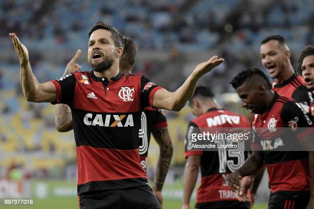Diego of Flamengo celebrates a scored goal during the match between Fluminense and Flamengo as part of Brasileirao Series A 2017 at Maracana Stadium...