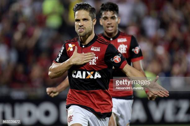 Diego of Flamengo celebrates a scored goal during the match between Flamengo and Bahia as part of Brasileirao Series A 2017 at Ilha do Urubu Stadium...