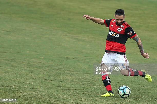 Diego of Flamengo during the Brasileirao Series A 2017 match between Flamengo and Corinthians at Ilha do Urubu Stadium on November 19 2017 in Rio de...