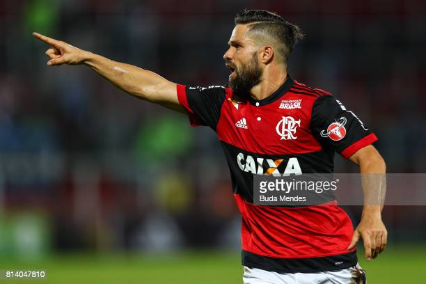 Diego of Flamengo gestures during a match between Flamengo and Gremio as part of Brasileirao Series A 2017 at Ilha do Urubu Stadium on July 13 2017...