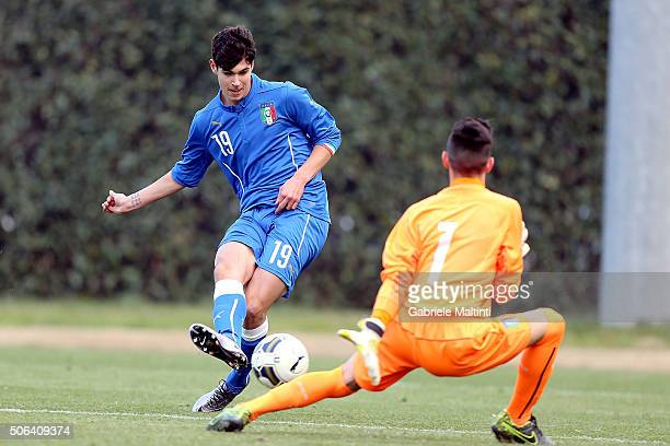 Diego Pellegri in action during an Italy U16 training session at Coverciano on January 22 2016 in Florence Italy