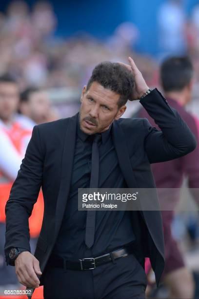 Diego Simeone coach of Atletico de Madrid gestures prior the La Liga match between Club Atletico de Madrid and Sevilla FC at Vicente Calderon Stadium...
