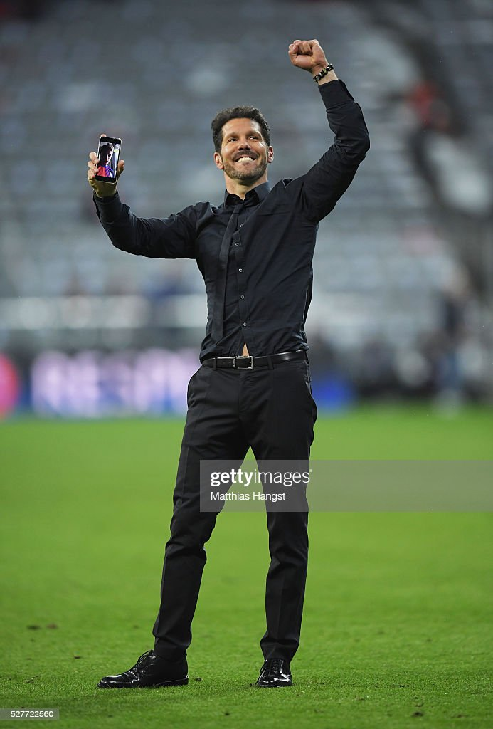 Diego Simeone head coach of Atletico Madrid celebrates after the UEFA Champions League semi final second leg match between FC Bayern Muenchen and Club Atletico de Madrid at Allianz Arena on May 3, 2016 in Munich, Germany. Bayern Munich won the match 2-1, but Atletico Madrid reached the final on the away goals rule.