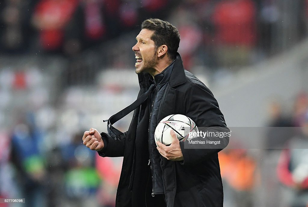 Diego Simeone head coach of Atletico Madrid shouts during UEFA Champions League semi final second leg match between FC Bayern Muenchen and Club Atletico de Madrid at Allianz Arena on May 3, 2016 in Munich, Germany.