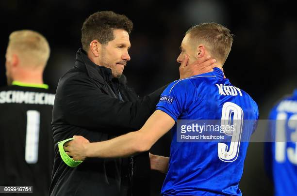 Diego Simeone Manager of Atletico Madrid and Jamie Vardy of Leicester City embrace after the UEFA Champions League Quarter Final second leg match...