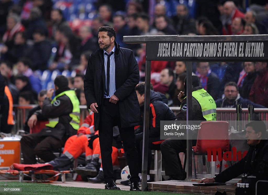 Diego Simeone Manager of Club Atletico de Madrid looks on during the final minutes of the Copa del Rey Quarter Final 2nd Leg match between Club Atletico de Madrid and Celta Vigo at Vicente Calderon Stadium on January 27, 2016 in Madrid, Spain. Atletico lost the match 3-2 with Celta going on to the semi-finals.