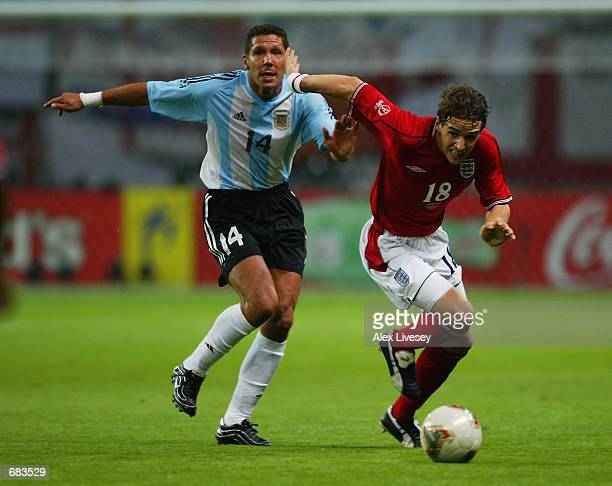 Diego Simeone of Argentina closes down Owen Hargreaves of England during the England v Argentina Group F World Cup Group Stage match played at the...