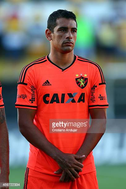 Diego Souza of Sport looks on during the national anthem prior a match between Criciuma and Sport as part of Campeonato Brasileiro 2014 at Heriberto...