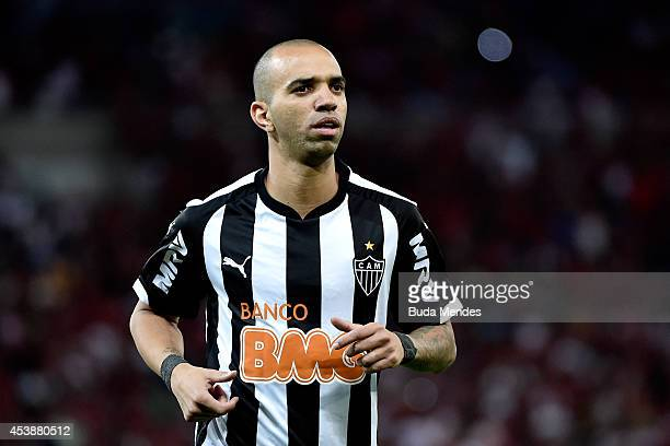 Diego Tardelli of Atletico MG looks on during a match between Flamengo and Atletico MG as part of Brasileirao Series A 2014 at Maracana Stadium on...