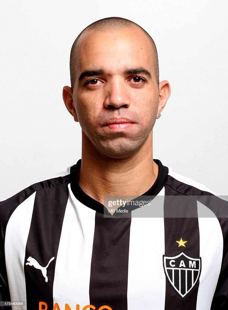 <a gi-track='captionPersonalityLinkClicked' href=/galleries/search?phrase=Diego+Tardelli&family=editorial&specificpeople=805528 ng-click='$event.stopPropagation()'>Diego Tardelli</a> of Clube Atletico Mineiro poses during a portrait session on August 14, 2014 in Belo Horizonte,Brazil.