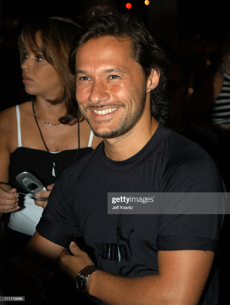 <a gi-track='captionPersonalityLinkClicked' href=/galleries/search?phrase=Diego+Torres&family=editorial&specificpeople=228131 ng-click='$event.stopPropagation()'>Diego Torres</a> during MTV Video Music Awards Latin America 2003 - Red Carpet at Jackie Gleason Theater in Miami Beach, Florida, United States.