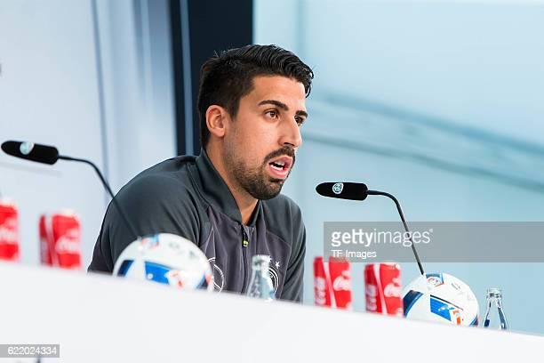 Dienstag Trainingslager der Deutschen Nationalmannschaft in Ascona Pressekonferenz Sami Khedia