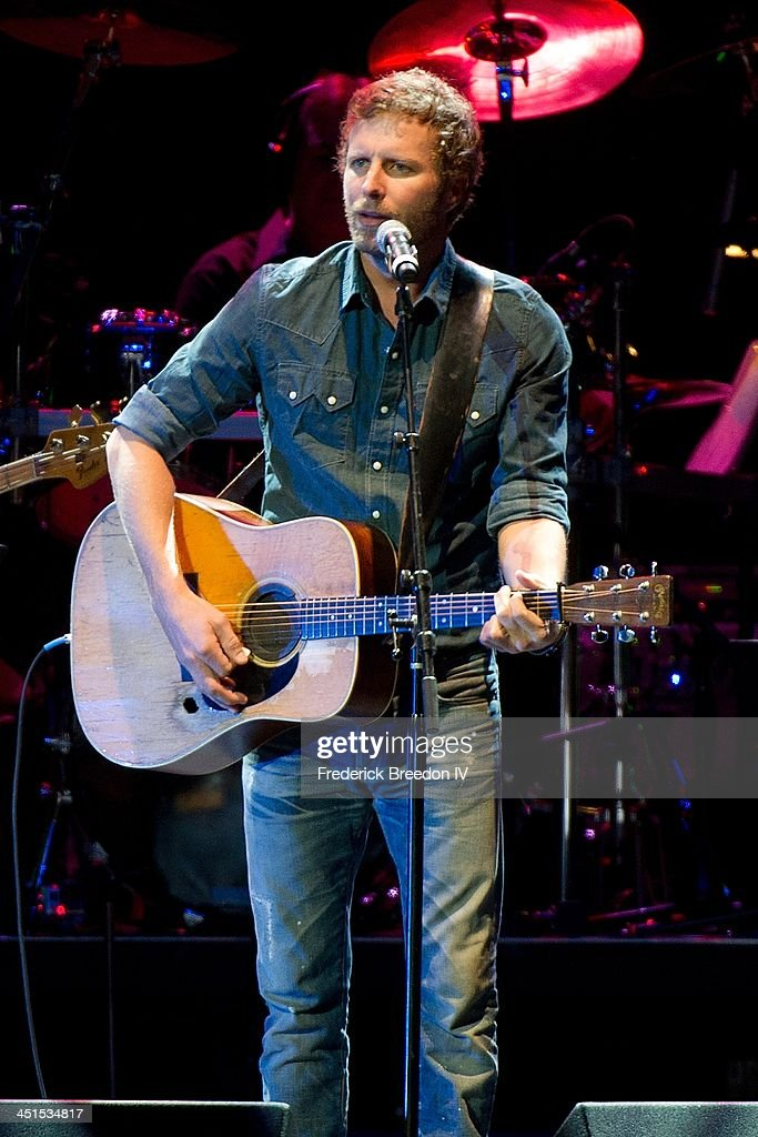 Dierks Bentey performs during Playin' Possum! The Final No Show Tribute To George Jones at Bridgestone Arena on November 22, 2013 in Nashville, Tennessee.