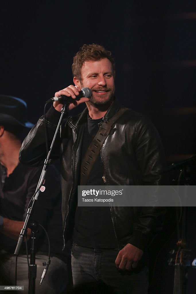 Dierks Bentley performs during the CBS Radio Presents Stars Strings on November 11 2015 in Chicago Illinois