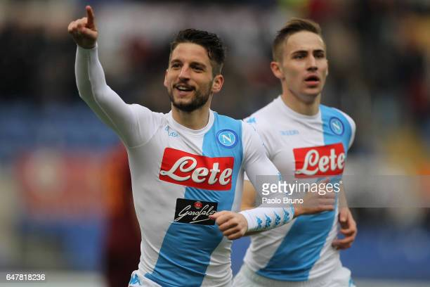 Dies Mertens of SSC Napoli celebrates after scoring the team's second goal during the Serie A match between AS Roma and SSC Napoli at Stadio Olimpico...