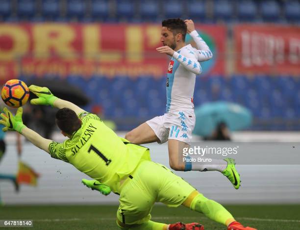Dies Mertens of SSC Napoli scores the team's second goal during the Serie A match between AS Roma and SSC Napoli at Stadio Olimpico on March 4 2017...