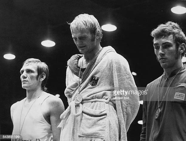 Dieter Kottysch*Boxer DBei den Olympischen Spielen 1972 in München gewinnt der deutsche Boxer Dieter Kottysch die Goldmedaille im Halbmittelgewicht...
