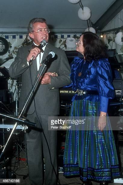 Dieter Thomas Heck Ehefrau Ragnhild Heck Schlossfest 1988 am im Schloß Aubach bei BadenBaden Deutschland