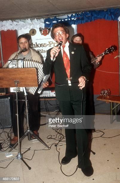 Dieter Thomas Heck Schlossfest 1978 am im Schloß Aubach bei BadenBaden Deutschland