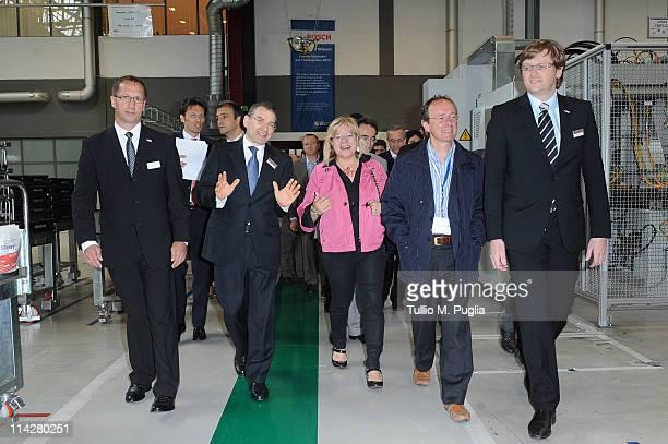 Dieter Wohlfarth Chief Financial Officer of Bosch Bari Gerhard Dambach Robert Bosch CEO of SpA Loredana Capone VicePresident of Puglia Region...
