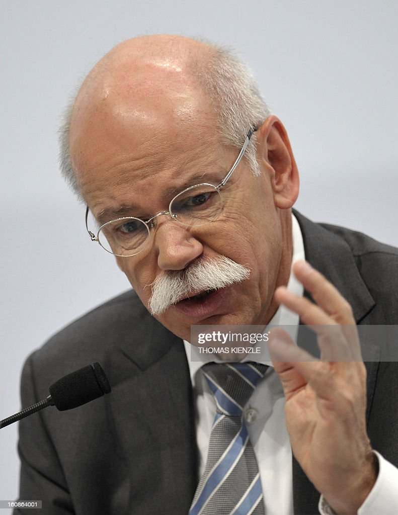 Dieter Zetsche, CEO of German auto giant Daimler, adresses journalists during the company's annual press conference in Stuttgart, southwestern Germany, on February 7, 2013. German automaker Daimler said Thursday that its net profit rose by 8,0 percent to 6,495 billion euros ($8,8 billion) in 2012 on the back of record unit sales and revenues. AFP PHOTO / THOMAS KIENZLE