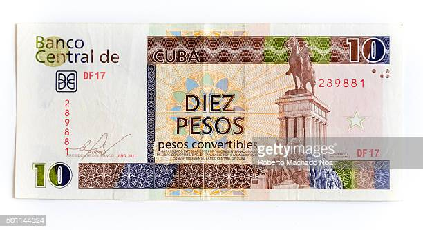 Different denominations of CUC Diez pesos or ten pesos Cuban Convertible note depicting the monument of Maximo Gomez The convertible peso is one of...