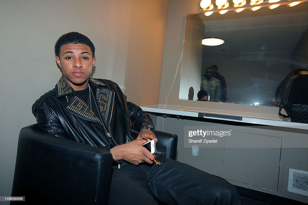 <a gi-track='captionPersonalityLinkClicked' href=/galleries/search?phrase=Diggy+Simmons&family=editorial&specificpeople=570604 ng-click='$event.stopPropagation()'>Diggy Simmons</a> attends the DJ ProStyle Birthday Concert at Hammerstein Ballroom on April 30, 2012 in New York City.