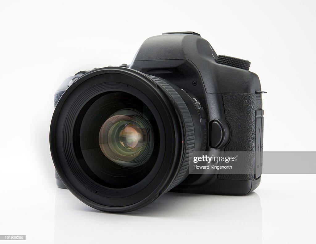 Digital SLR camera : Stock Photo