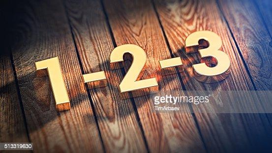 Dígitos 1-2-3 sobre pranchas de madeira : Foto de stock