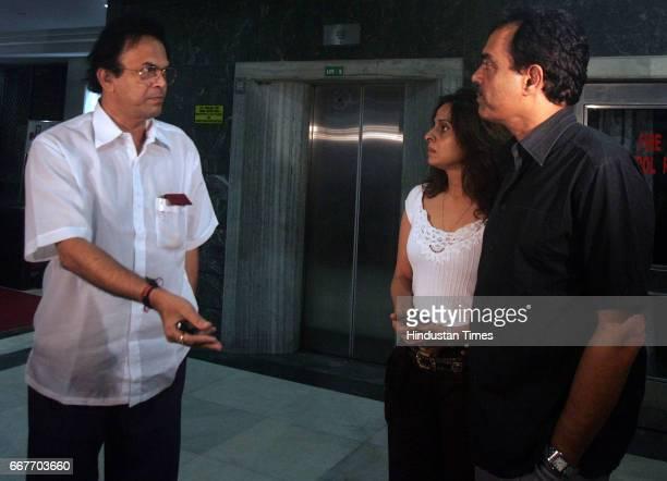 Dilip Vengsarkar with his wife Manali and Mumbai Cricketer Association secretary Hemant Waingankar at Bombay Hospital after the death of Dilip...