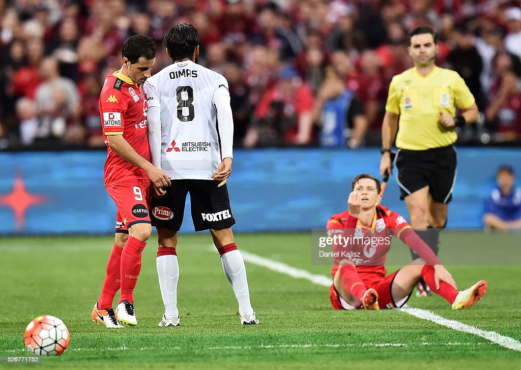 Dimas of the Wanderers reacts during the 2015/16 A-League Grand Final match between Adelaide United and the Western Sydney Wanderers at Adelaide Oval on May 1, 2016 in Adelaide, Australia.