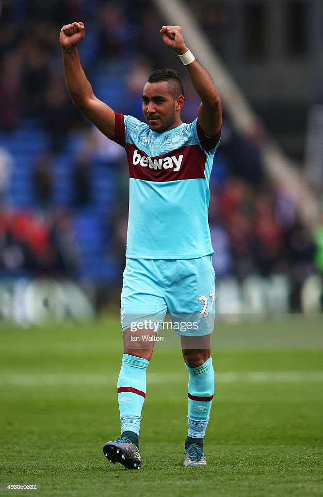 <a gi-track='captionPersonalityLinkClicked' href=/galleries/search?phrase=Dimitri+Payet&family=editorial&specificpeople=2137146 ng-click='$event.stopPropagation()'>Dimitri Payet</a> of West Ham United celebrates his team's 3-1 win in the Barclays Premier League match between Crystal Palace and West Ham United at Selhurst Park on October 17, 2015 in London, England.