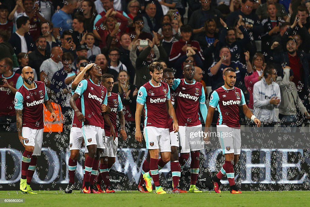 West Ham United v Accrington Stanley - EFL Cup Third Round : News Photo