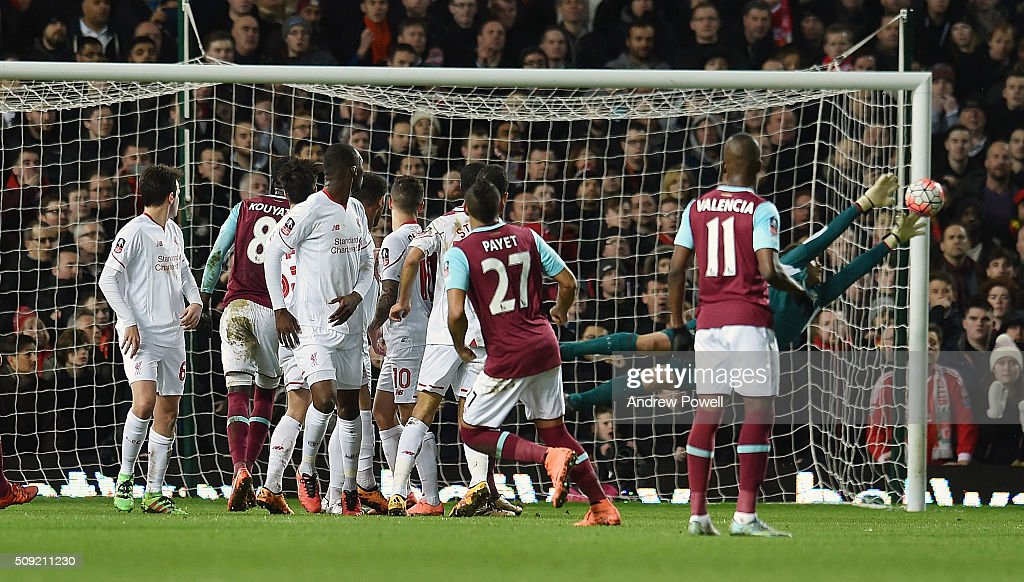 Dimitri Payet of West Ham United comes close with a free-kick during the The Emirates FA Cup Fourth Round Replay match between West Ham United and Liverpool at Boleyn Ground on February 9, 2016 in London, England.