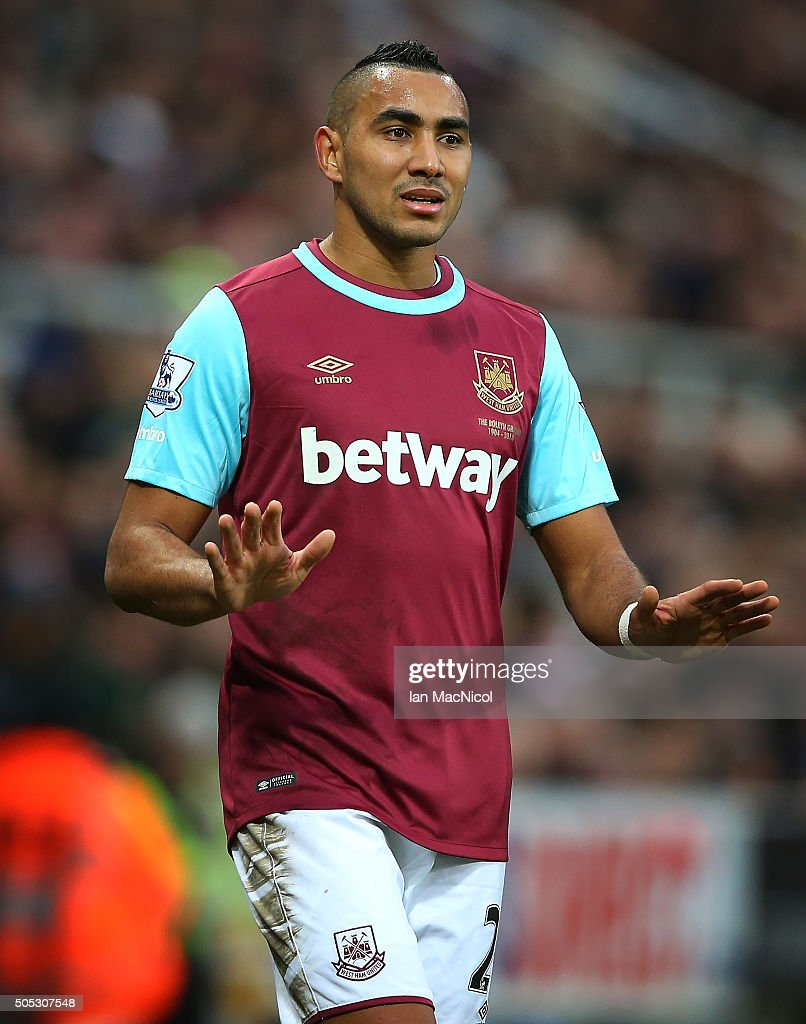 <a gi-track='captionPersonalityLinkClicked' href=/galleries/search?phrase=Dimitri+Payet&family=editorial&specificpeople=2137146 ng-click='$event.stopPropagation()'>Dimitri Payet</a> of West Ham United reacts during the Barclays Premier League match between Newcastle United and West Ham United at St James Park on January 16, 2016 in Newcastle, England.