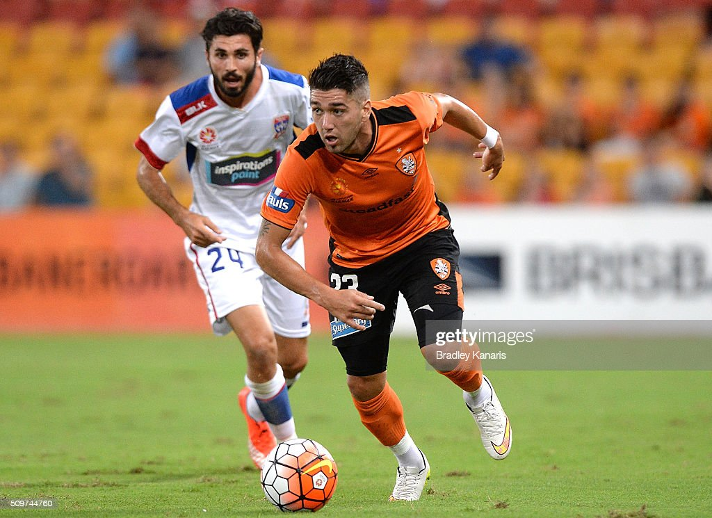 Dimitri Petratos of the Roar looks to take on the defence during the round 19 A-League match between the Brisbane Roar and the Newcastle Jets at Suncorp Stadium on February 12, 2016 in Brisbane, Australia.