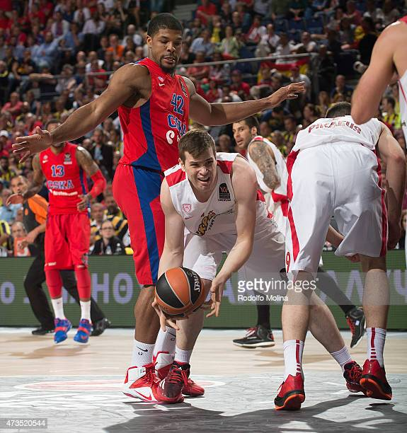 Dimitrios Agravanis #16 of Olympiacos Piraeus in action during the Turkish Airlines Euroleague Final Four Madrid 2015 Semifinal B game between CSKA...