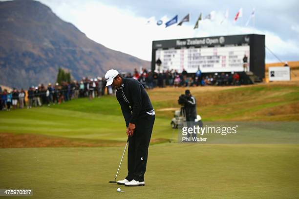 Dimitrios Papadatos of Australia sinks the winning piutt on the 18 hole to win the New Zealand Open at The Hills Golf Club on March 2 2014 in...