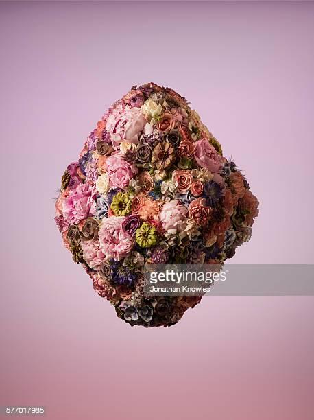 Dimond shaped floral arrangement